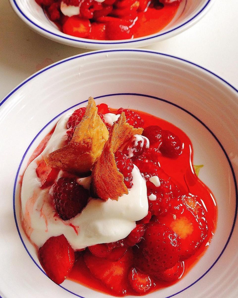 716lavie_Dessert fraises framboises