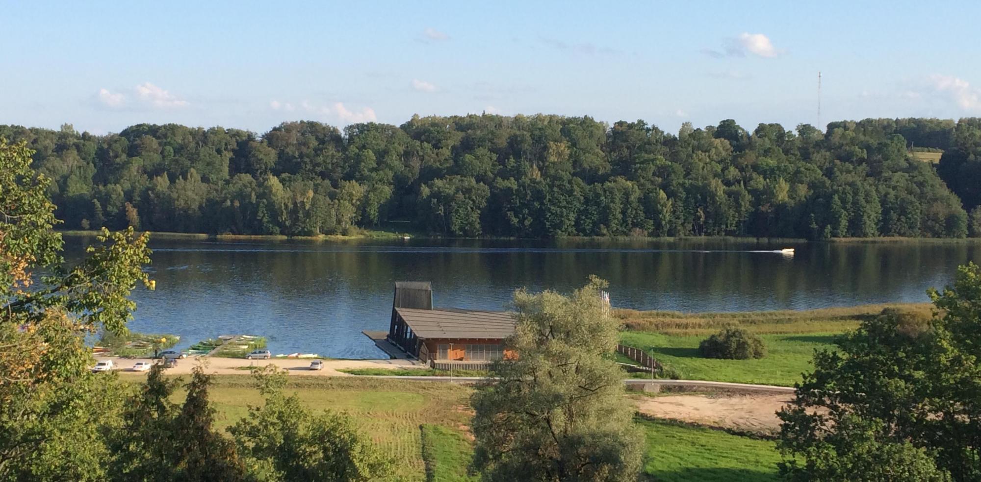 lac - viljandi  estonie